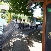 Henry Glinka ist der neue Betreiber des Wirtshaus zum Silberwald in Ludwigsfeld. Am Freitag eröffnet er den Biergarten.