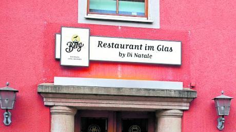 """Das ehemalige """"Schiff"""" in der Ludwigstraße in Neu-Ulm heißt jetzt """"Restaurant im Glas""""."""