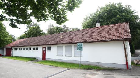 Das Gebäude an der Sportanlage Offenhausen wird erweitert.