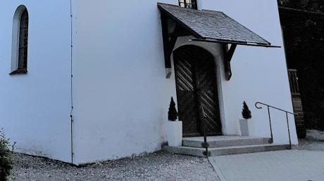 Die Wannenkapelle in Meßhofen bekommt eine Rampe.