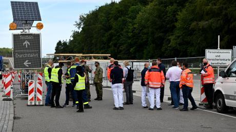 Am Donnerstag wurden die Vorbereitungen für die Teststation an der A8 abgeschlossen, ab Freitag wird getestet.