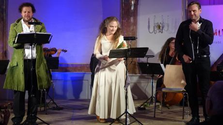 Florian Götz (links), Susanne Ellen Kirchesch und Benno Schachtner bei der Zugabe am letzten Diademus-Abend 2020.
