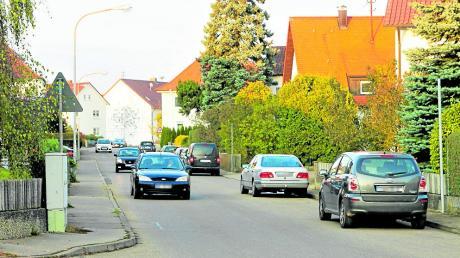 Die Bahnhofstraße in Unterelchingen ist viel befahren. Anwohner ärgern sich über Lärm und Temposünder.