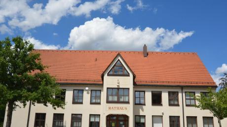 In Pfaffenhofen wurde nicht öffentlich über die Maskenpflicht in der Sitzung gesprochen.