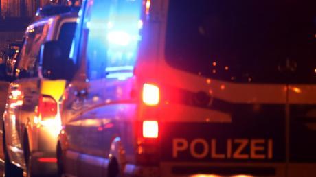 Polizeibeamte wollten in Dietenheim einen Autofahrer kontrollieren. Doch der Unbekannte startete eine waghalsige Flucht.