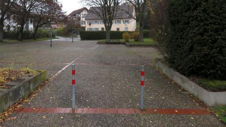 Am Dorfplatz in Thalfingen spart die Gemeinde Elchingen, an anderen Orten entstehen teure Großprojekte.