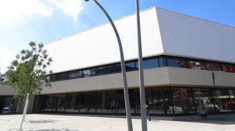 Grünes Licht für den Neubeginn: Das Theater Ulm darf wieder öffnen und Publikum begrüßen - im Großen Saal, im kleinen Podium und auch auf der Wilhelmsburg.
