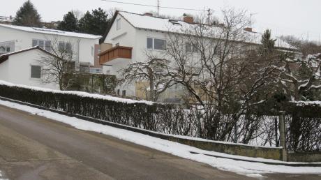 Auf diesem Grundstück zwischen der Neystraße und Friedenstraße in Oberelchingen soll ein Wohnhaus gebaut werden.