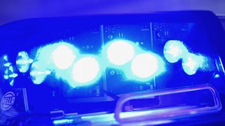 Die Polizei in Schwabmünchen sucht nach einem Steinewerfer.