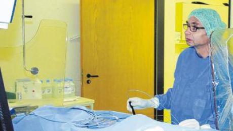 Professor Karlheinz Seidl hat erstmals in der Region eine sogenannte Pulmonalvenenisolation im Bereich des Übergangs der Lungenvene in die Herzwand erfolgreich durchgeführt.