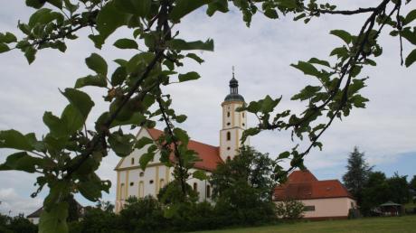 Sie ist das Ziel der Oberhausener Wallfahrer: Nach rund 40 Kilometern Fußmarsch erreichen die Pilger die Basilika Maria Brünnlein in Wemding.
