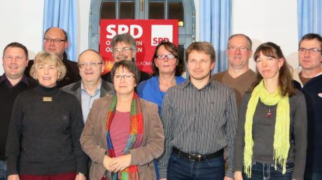 Sie wollen nächstes Jahr für die SPD in den Oberhausener Gemeinderat einziehen. Bis auf Mini Forster-Hüttlinger und Hermann Steger, die schon jetzt im Gemeinderat sitzen, sind alle Anwärter neu.