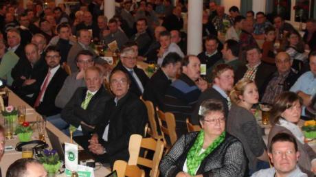 Voll war der Daferner-Saal in Schönesberg bei der Jahresversammlung des Maschinen- und Betriebshilferings Neuburg-Schrobenhausen.