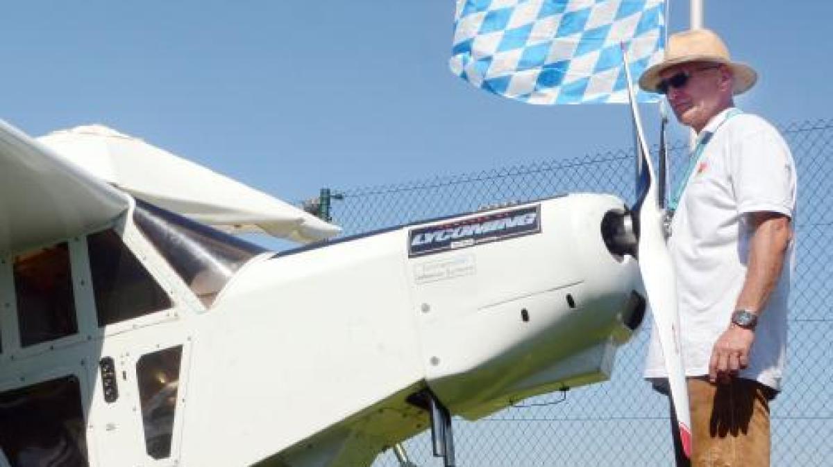 Neuburg gro e show f r kleine flieger nachrichten neuburg augsburger allgemeine - Mobel um augsburg ...