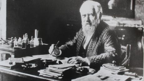 Max von Pettenkofer gilt als Vater der Hygiene. München verdankt ihm seine Kanalisation und die zentrale Trinkwasserversorgung. Gegen Ende des 19. Jahrhunderts galt München als eine der saubersten Städte Europas.