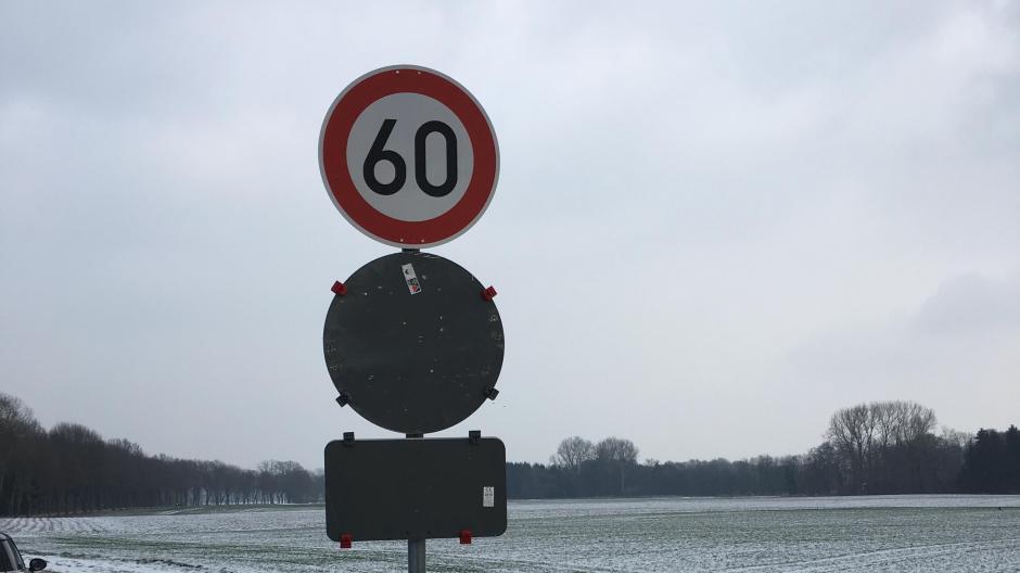 Neuburg/Donau: Durchfahrtsverbot bei Rohrenfeld vorerst