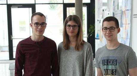 Gewannen zwei Preise: Michael Scheef (links), Laura Riedl und Maximilian Streitberger.