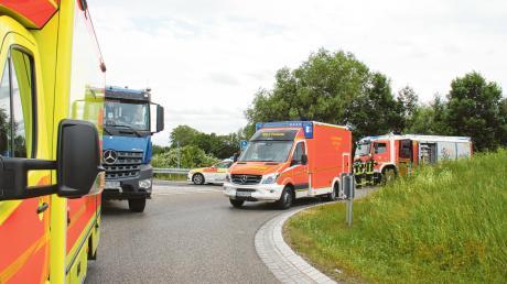 Bei Wettstetten hat es am Mittwochnachmittag einen tödlichen Verkehrsunfall gegeben. Eine Radfahrerin kam dabei ums Leben.