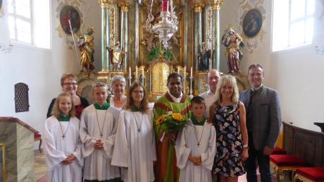 In Ammerfeld wurde Pfarrer Tison Pattarumadathil (Mitte) verabschiedet.
