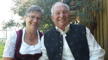 Am Freitag können die Eheleute Johanna und Vitus Lautner aus Weichering ein besonderes Jubiläum feiern. Genau heute vor 50 Jahren gingen beide den Bund der Ehe ein.