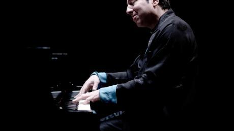 """Fazil Say ist der neue """"Artist - und Composer in Residence"""" 2020 beim GKO. Der renommierte Pianist ist weltweit gefragt."""