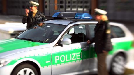 Nach dem tödlichen Unfall auf der A9 bei Manching sucht die Polizei nach Zeugen.