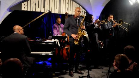Das Black Art Jazz Collective mit Wayne Escoffery am Saxofon.
