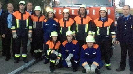 Die Feuerwehrmänner und -frauen aus Seiboldsdorf nach der bestandenen Leistungsprüfung.
