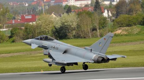Copy%20of%20Eurofighter_Landeanflug%2c_XHabermeier%2c_21.tif