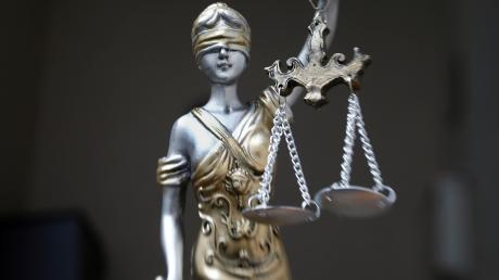 Das Amtsgericht Neu-Ulm hat am Dienstag einen 25-Jährigen zu einer Bewährungsstrafe verurteilt.