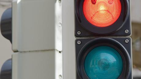 In den Straßen Königsmoos' wird weiterhin die Geschwindigkeit der Autofahrer kontrolliert. Fast 1000 Verstöße wurden bis Ende Oktober gezählt.