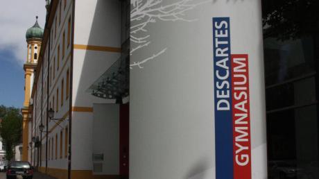 Auch in die Sanierung desDescartes Gymnasiums wird der Landkreisin den nächsten Jahren viel Geld stecken müssen.