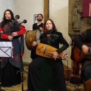Die Bandmitglieder der Zackenflanke machten Orgelmusik und Gemeindegesang am dritten Adventssonntag in der Christuskirche überflüssig und rissen alle regelrecht mit.