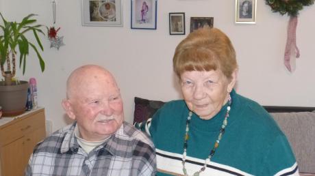 Siegfried und Gisela Salomo sind seit 65 Jahren ein eingespieltes Team. Gegenseitige Rücksichtnahme und Gespräche sind die Grundsteine für ihre Ehe.