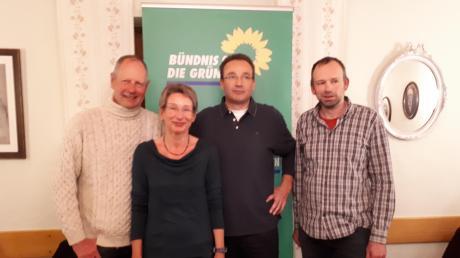 Die vier Mitglieder des Grünen-Ortsverbands in Weichering: (von links) Hans-Joachim Markwart sowie die Vorstandsmitglieder Gerlinde Markwart, Gernot Etzlstorfer und Hans-Jürgen Steinherr.