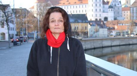 Diese Raute kennt man doch: Gabriele Käsler aus Klingsmoos will für Die Partei Oberbürgermeisterin in Neuburg werden.