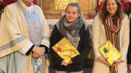Dekan Werner Dippel begrüßte Monika Ettig (Mitte) und verabschiedete Marina Wagner.