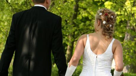 Eine Hochzeit auf der Landesgartenschau bietet die Evangelische Kirche in Ingolstadt an.