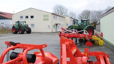 Die BayWa schließt ihren Standort in Rennertshofen und verlagert die Werkstatt nach Neuburg.
