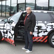 Stig Blomqvist, Rallye-Legende und erster Weltmeister für Audi, chauffiert die Gäste auf über die Strecke.