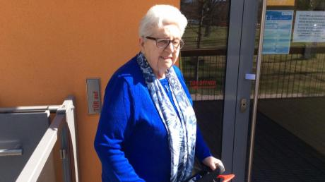 Annemarie Deuker wird heute 90 Jahre alt. Die große Familienfeier muss ausfallen.