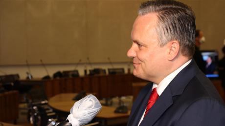 Der neue Mann an der Spitze Ingolstadts: Mit Christian Scharpf bekommt Ingolstadt nach fast einem halben Jahrhundert wieder einen SPD-Oberbürgermeister. Bei der Stichwahl setzte er sich deutlich gegen Amtsinhaber Christian Lösel durch.