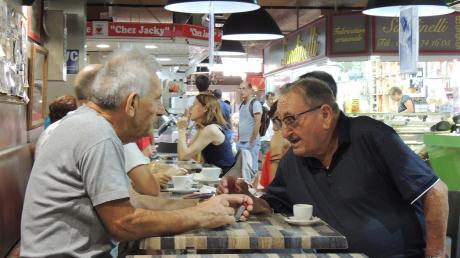 Auf den Pastis (Anisschnaps) und den Austausch in der Markthalle müssen die Sèter derzeit verzichten.