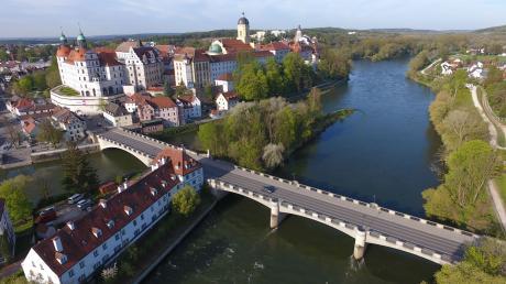 1989 wurde die Elisenbrücke eingeweiht. Nach über 30 Jahren muss sie nun saniert werden. Die für die Sommerferien geplanten Bauarbeiten werden auf das kommende Wochenende vorverlegt.