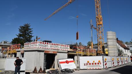 Die Nachfrage nach Immobilien in guter Lage und Qualität wird künftig wohl wachsen. Hier ist der Wohnungsneubau auf dem ehemaligen Kieferl-Gelände in der Neuburger Eybstraße zu sehen.