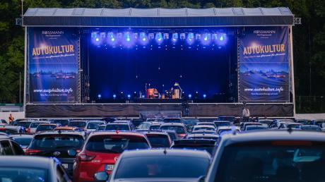 Wie hier in Hannover soll es Anfang Juni auf dem Ingolstädter Volksfestplatz Konzerte mit bekannten Bands wie Revolverheld, Sido und Alligatoah geben. Die Zuschauer müssen bei den Live-Auftritten wegen der Corona-Pandemie allerdings in ihren Autos bleiben.