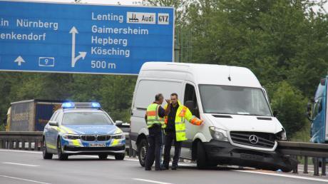 In diesem Fahrzeug starb nach einem Unfall auf der A9 bei Lenting ein 68 Jahre alter Mann aus Bayreuth.