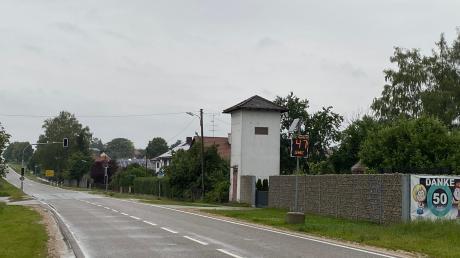 Mit Geschwindigkeitsanzeigen bremst Bergheim den Durchgangsverkehr aus.