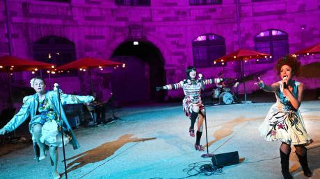 Starke Stimmen und temperamentvolle Auftritte bei der Premiere in Ingolstadt.