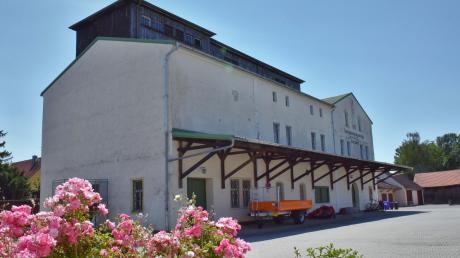 Die ehemalige Putzerei in Karlshuld ist das größte Lager für den Kulturhistorischen Verein.